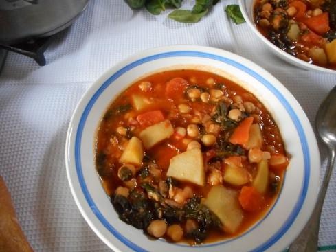 soupe épicée pois chiches tomates épinards 1