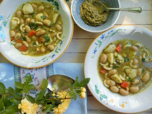 soupe de haricots aux pâtes et pesto 2
