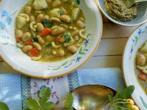 soupe de haricots aux pâtes et pesto 3
