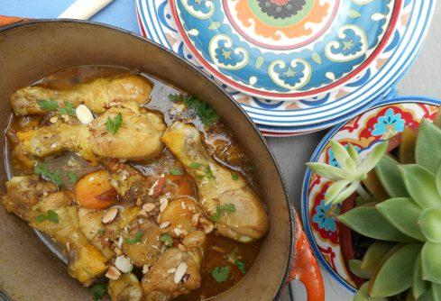 tajine de poulet aux abricots, raisins,amandes et cachuètes 1